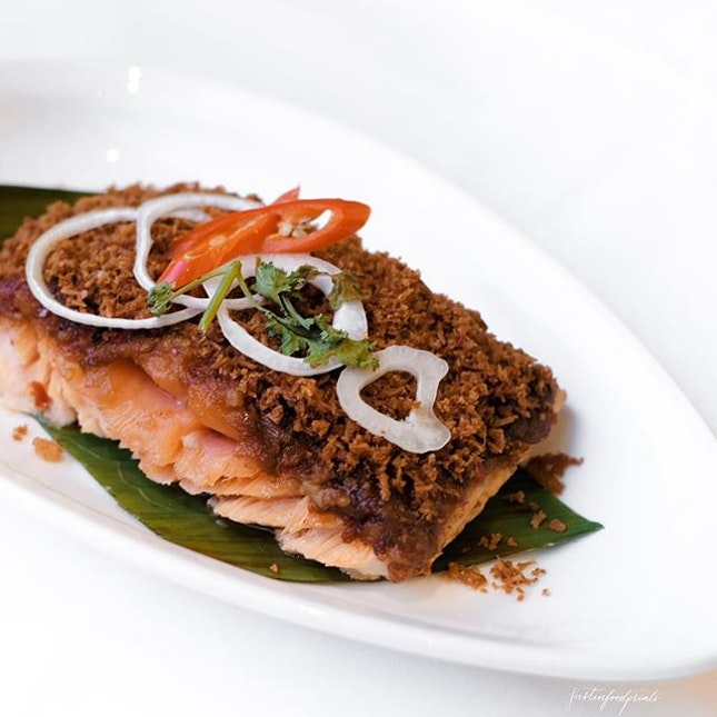 Grilled Salmon with Rempah and Spicy Coconut ($70/$80++ Ramandan buffet for weekday/weekends).