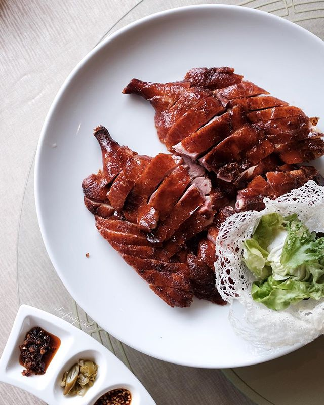 Barbecued Fragrant Smoked American Duck, 烟熏烧烤美国鸭.