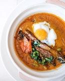 Wagyu in Curry, 泡菜温泉蛋咖喱肥牛煲 ($32++).