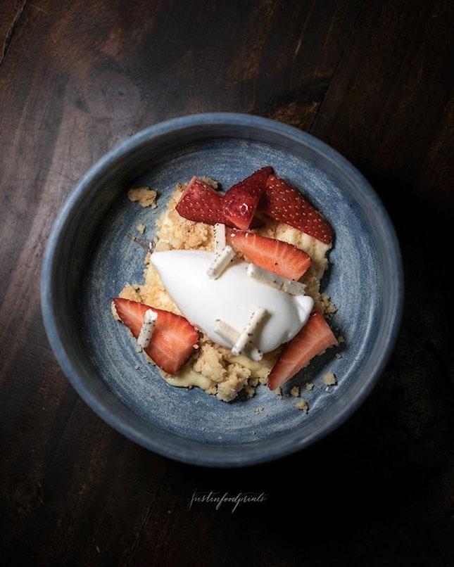 [New Dessert] Strawberry ($15).