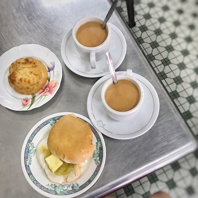 Breakfast For The Morns