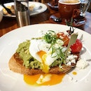 Because brunch brings such comfort  to weekends, to give more strength to push again the tide of everyday life.