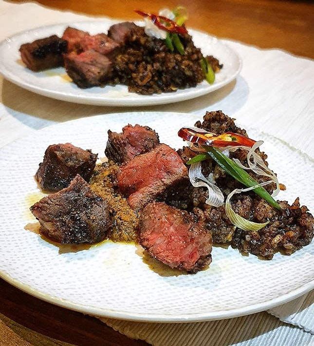 These grilled wagyu beefs cube are super full of well-marinated flavour and done to a nice medium.