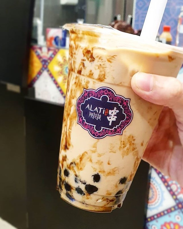 Saw this a few times passing by - the signature Brown Sugar Milk Tea.