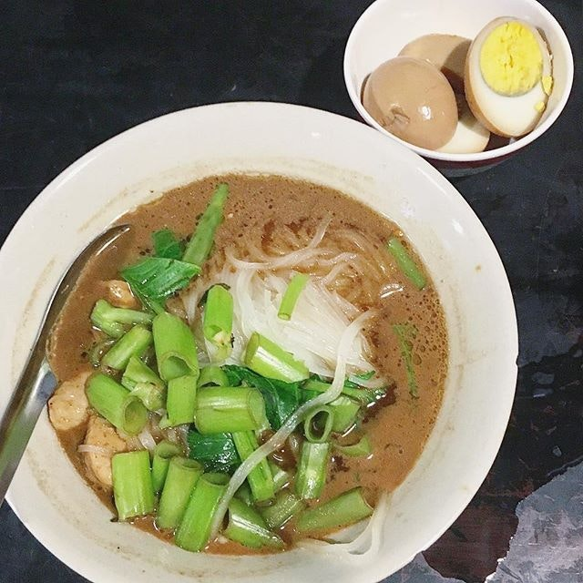 Missing the boat noodle from Victoria monument in Bkk.