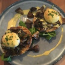 Shrooms Eggs Benny