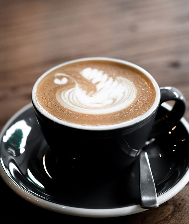 A little bit of Magic in the morning goes a long way; the Magic was well-executed with a good does of espresso and that perfect proportion of milk.