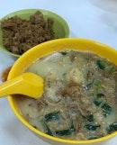 Mixed Fish Soup Yi Mian $6