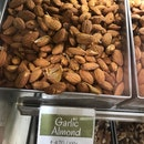 Garlic Almonds