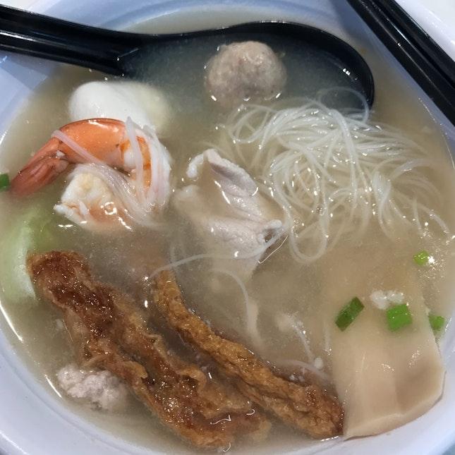 Lao Jiang Soup With Bee Hoon ($6)