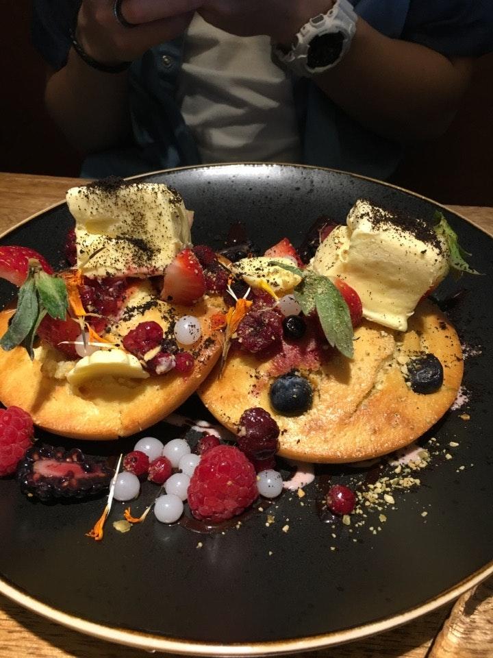 Berry muffcake