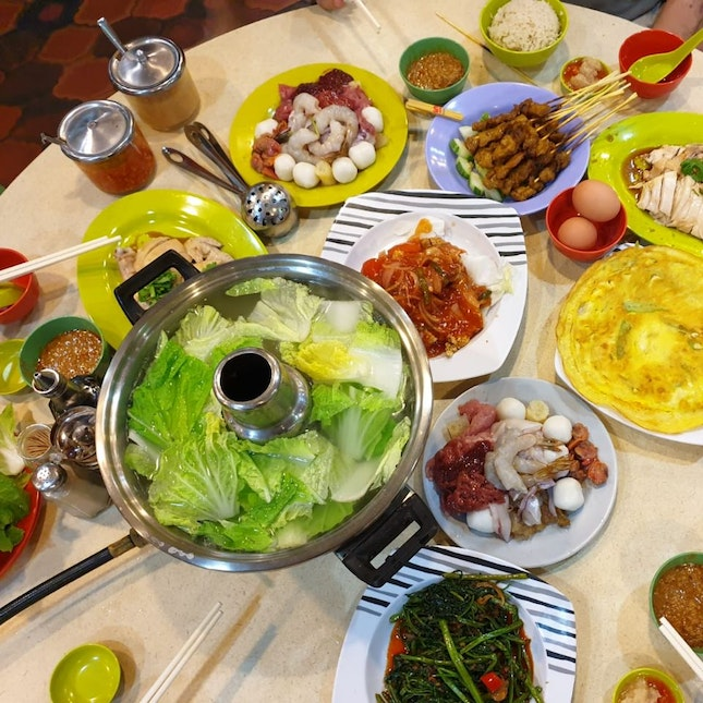 Family Steamboat Dinner
