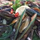 Fresh Mussels ($14/kg)