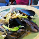 Mussels & clams served with choice of white wine or porcini cream sauce.