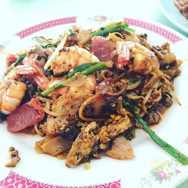 Dong Ji Fried Kway Teow ($3) at Old Airport Road Food Centre is a Long standing institution.