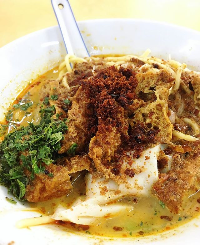 Not the usual lemak laksa, but their was packed with spices and flavours.