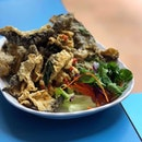 So much for all the long queues for some pre-packed salted egg fish skin; but this freshly prepared dish easily beat them hands down.