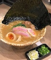 What Keisuke had succeeded again was to create the broth with flavours so rich and intense.
