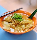 Da Po Hainanese Chicken Rice & Curry Chicken Noodle (Golden Mile Food Centre)