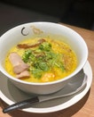 A seasonal special that got us excited tonight, b'cos this was a uniquely Coconut Paitan (白湯) ramen like no others.