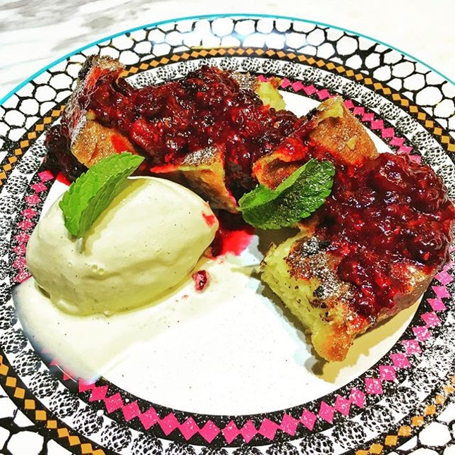 French Toast ($9.80)  Soft and buttery Brioche French Toast 🍞doused with a generous serving of blackberry and raspberry compote, served with a French Vanilla ice cream quenelle makes this a dessert both a visual and a tummy treat well worth the calories!👍🏼 .