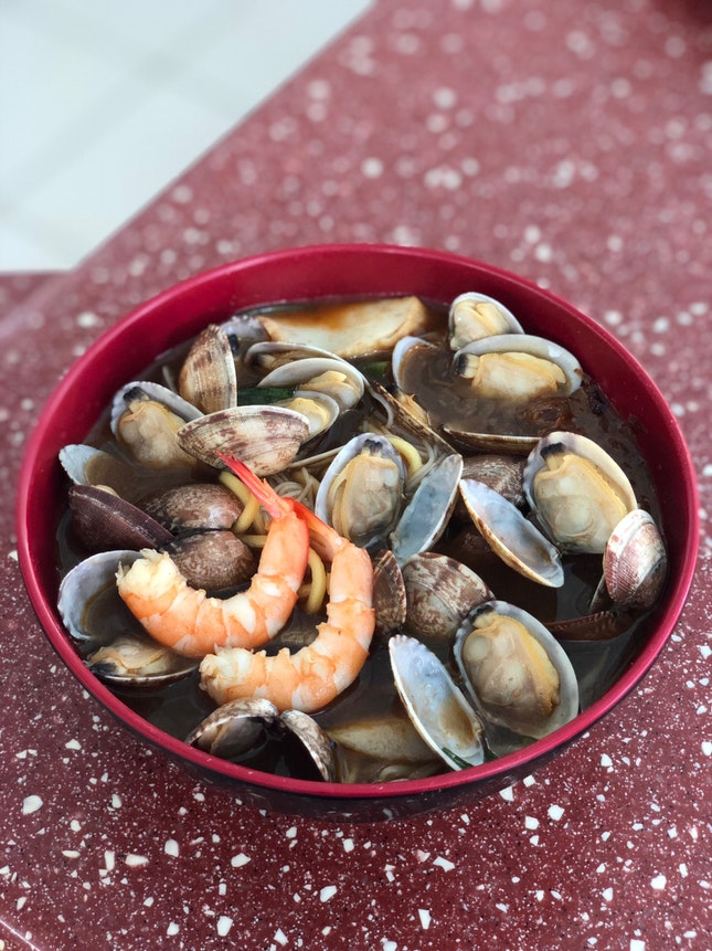 Prawn And Clams noodles