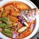 One of the Signature Dishes from Crab Corner, Claypot Curry Fish Head.