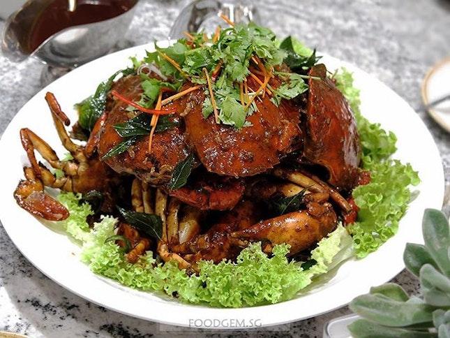 Singaporean loves crabs!