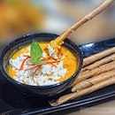 The homemade crab cream sauce is a flavour unique to the deep-fried spring roll sticks.
