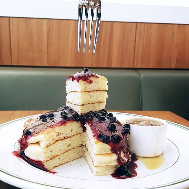 Good morning my love @clintonst_sg Pancakes 😍😍😍 * Have you pancakes yet?