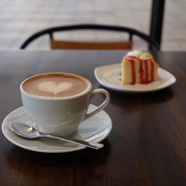 Cheese Cake & Latte  What a way to start a day!