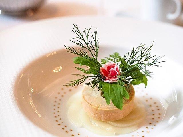 Goose Foie Gras Terrine ♥️ Such an elegant piece of art.