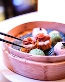 Mitzo Premium Steamed Dim Sum Platter 👍🏻 Love the steamed double-boiled duck soup dumpling 🥟 Love their cocktails more 😝😝😝 @mitzosg .