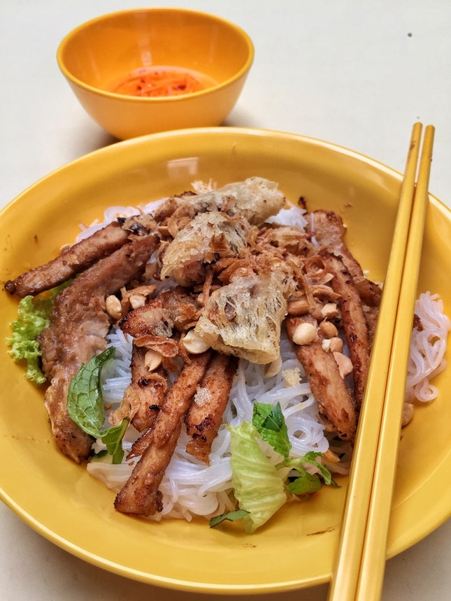 Bun Thit Nuong (BBQ Pork Dry Noodle, $5; $6 with Spring Roll)