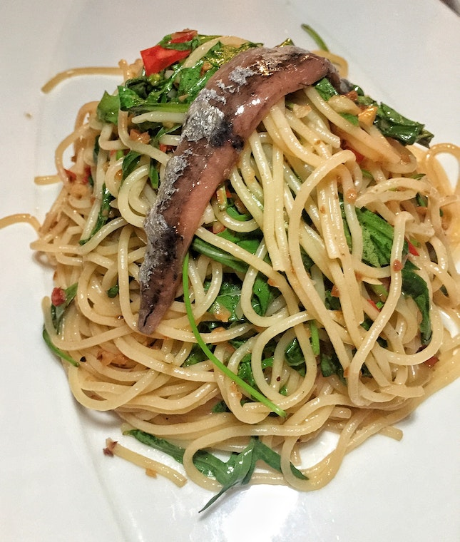Spaghetti with Arugula, Anchovies & Chilli ($15)