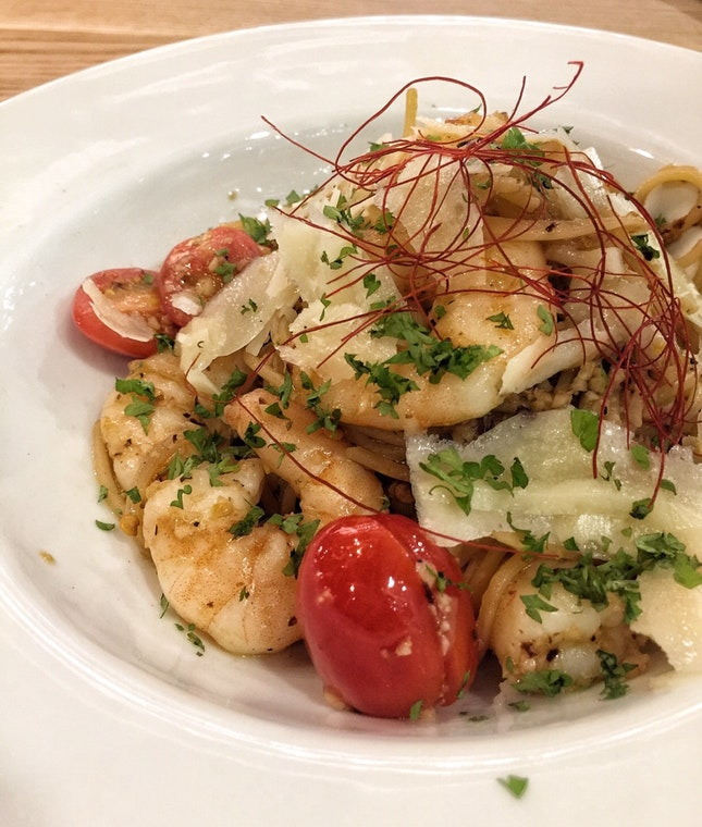 White Wine Prawn Pasta ($18)