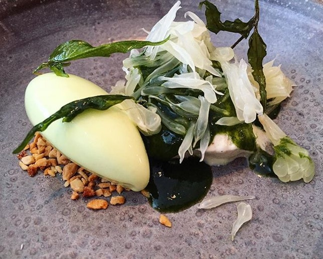 Cheek by Jowl - Dessert : Coconut (💵S$15) : Laksa Leaf Ice Cream | Pomelo | Green Chili.