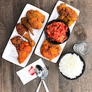 """Bonchon - INVITED TASTING - Fried Chicken (💵S$16.90 for Half Whole Chicken, S$8.90 for 6pcs Wings) 🍗 • ACAMASEATS & TIPS💮: Spicy Sauce - Red Chilli peppers are dried & grounded into sweet & smoky Korean """"Gochugaru"""" for their Hot Sauce which pack quite a punch."""