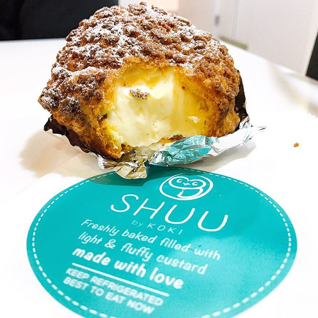 Vanilla Choux Puff (💵S$4.30) - Shuu @shuuchoux by Koki Tamagoyaki @koki.tamagoyaki 🏵 • ACAMASEATS & TIPS💮: This is easily, hands down of the best Choux Puff in town.