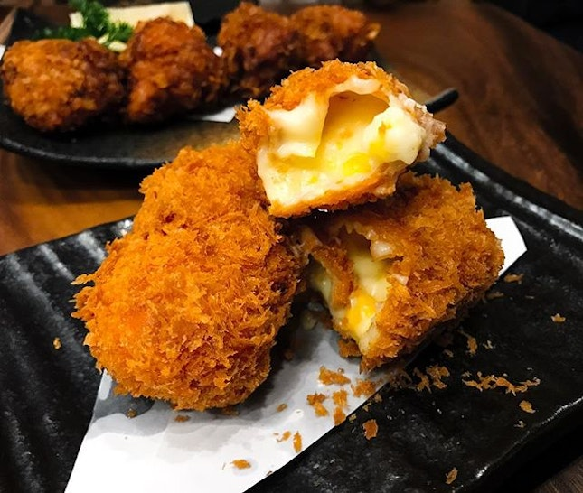 Jimoto Ya - Corn Croquettes (💵S$6.50) 🌽 • ACAMASEATS & GTK💮: A bite of these perfectly fried luscious beauties transported me back to Japan for a moment (until it was all gone in a jiffy) The panko crusted croquettes has a thin crust and within it, hot, creamy & rich creamed corn with bits of corn kernels.