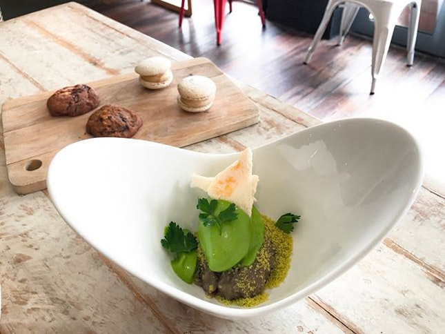 Audace Bar & Restaurant @audacesg - 16 Course Brunch Menu (💵S$68++) 5 Desserts🍴 • ACAMASEATS & GTK💮: Banana Parsley Ice Cream - Refreshing and Herbaceous, the Parsley Ice Cream is an interesting ingenious switch from the boring usual flavours.