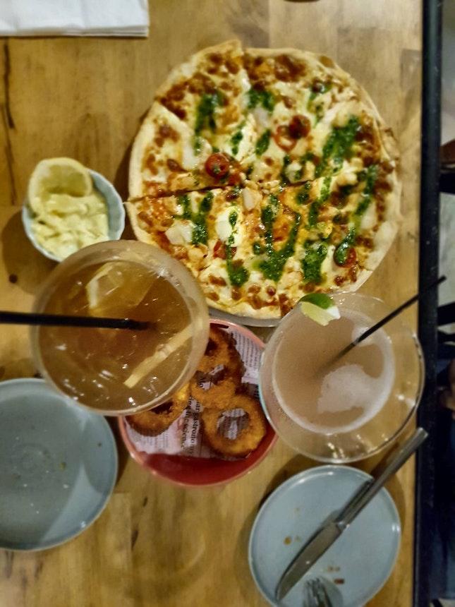 Kelong Prawn And Scallop Pizza