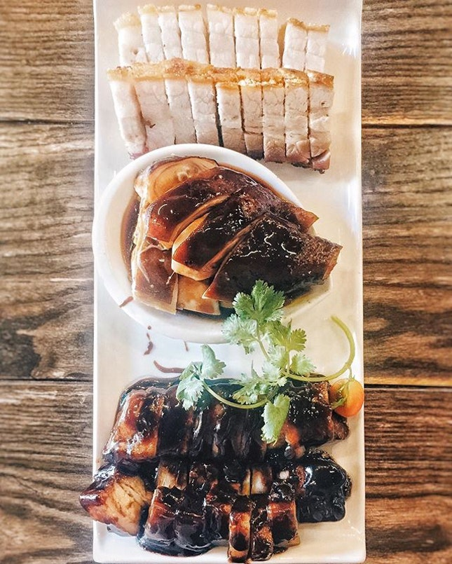 🍴/ Triple Roast 三拼  Their special char siew was our fav!!