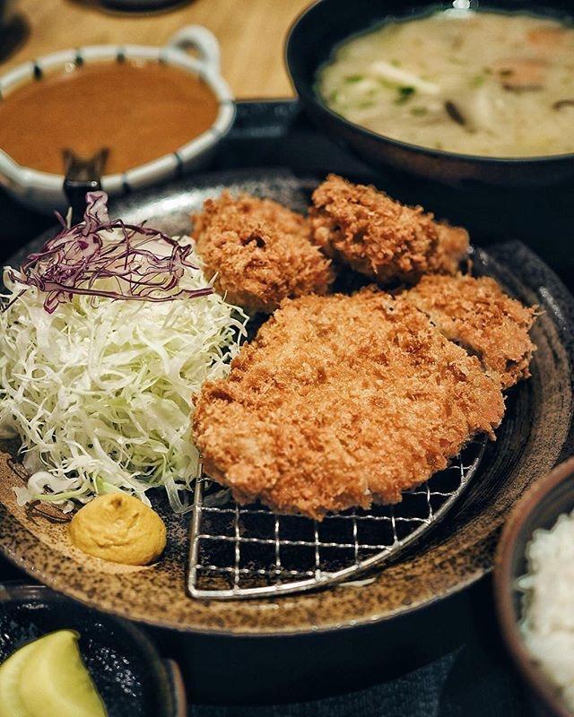 🍴/ too much katsu recently making me feel all potatoish  #sgfood #sgfoodies #burpple #instafood_sg #sgcafe #exploreflavours #asiafoodprn  #japanesefood  #おいしい  #foodvsco #f52grams #eeeeeats #huffposttaste #onthetable #buzzfeast #forkyeah #getinmybelly #food52 #feedfeed #lovefood #tastethisnext #eattheworld #foodandwine #thekitchn #feedyoursoull #eatfamous #tastingtable #bestfoodworld #beautifulcuisines