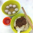 Must eat place in KL  #beefnoodles #meatballs #chinatown #kualalumpur #malaysia #yummy