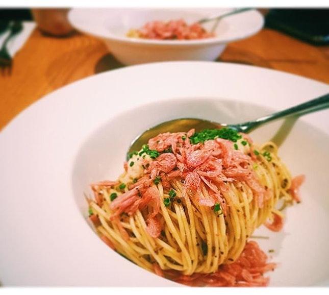 Item: Saveur's pasta   Price:$4.90 (small serving)  Nearest mrt: Orchard mrt  Angle hair pasta mixed with chilli oil, chopped kombu, pork sauce, sakura ebi.