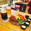 Beers + Food + Music = Awesome Saturday ❤️🎼🎤🍺🍺 #saturdate #starkermusic #starkerq #weekend