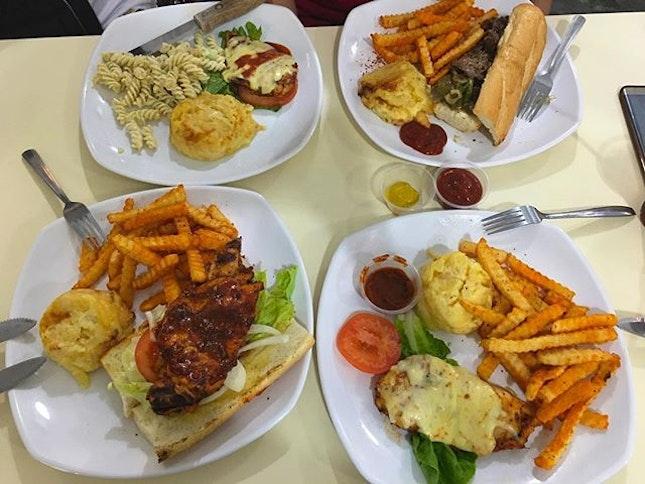 Bigbern's Western Food with Friends for Dinner Tonight - Quality and Quantity at a Reasonable price for American Style Western Food #ieatishootipost#hungrygowhere#instafood#foodporn#Rocasia#iweeklyfood#yummy#instagram#8days_eat#theteddybearman#eatoutsg#whati8today#yummy#eatoutsg#foodforfoodie#vscofood#igfoodie#eatingout#eatstagram#sgfood#foodie#foodstagram#SingaporeInsiders#sg50#100happydays#burpple#eatbooksg#burpplesg#westernfood#bigberns#bigbernsamericangrill