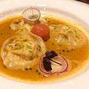 [Ravioli of lobster] .