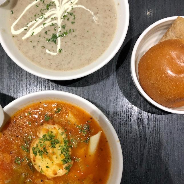 Medium Soup with Mini Bread